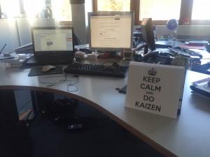 Kaizen-Team Schreibtisch